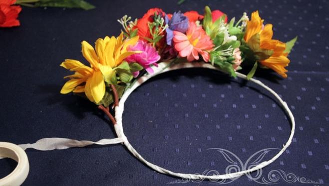 Как сделать веночек на голову из искусственных цветов