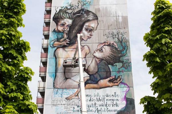 Herakut_Giant_Story_Book_Street_Art_Berlin_084