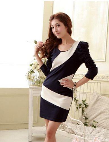Модное платье сине-белого цвета с рукавами бат фото.
