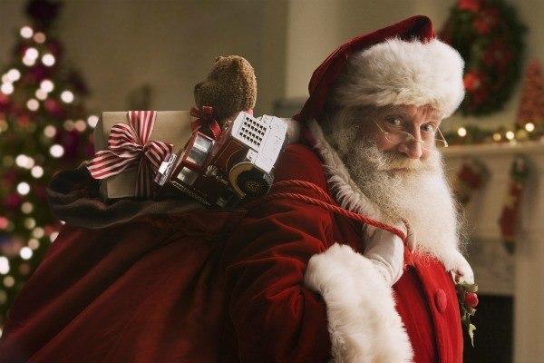 Отзовитесь кто обделенный! .  К кому еще не дошел Дед Мороз?  Девочки , напишите кто не получил...
