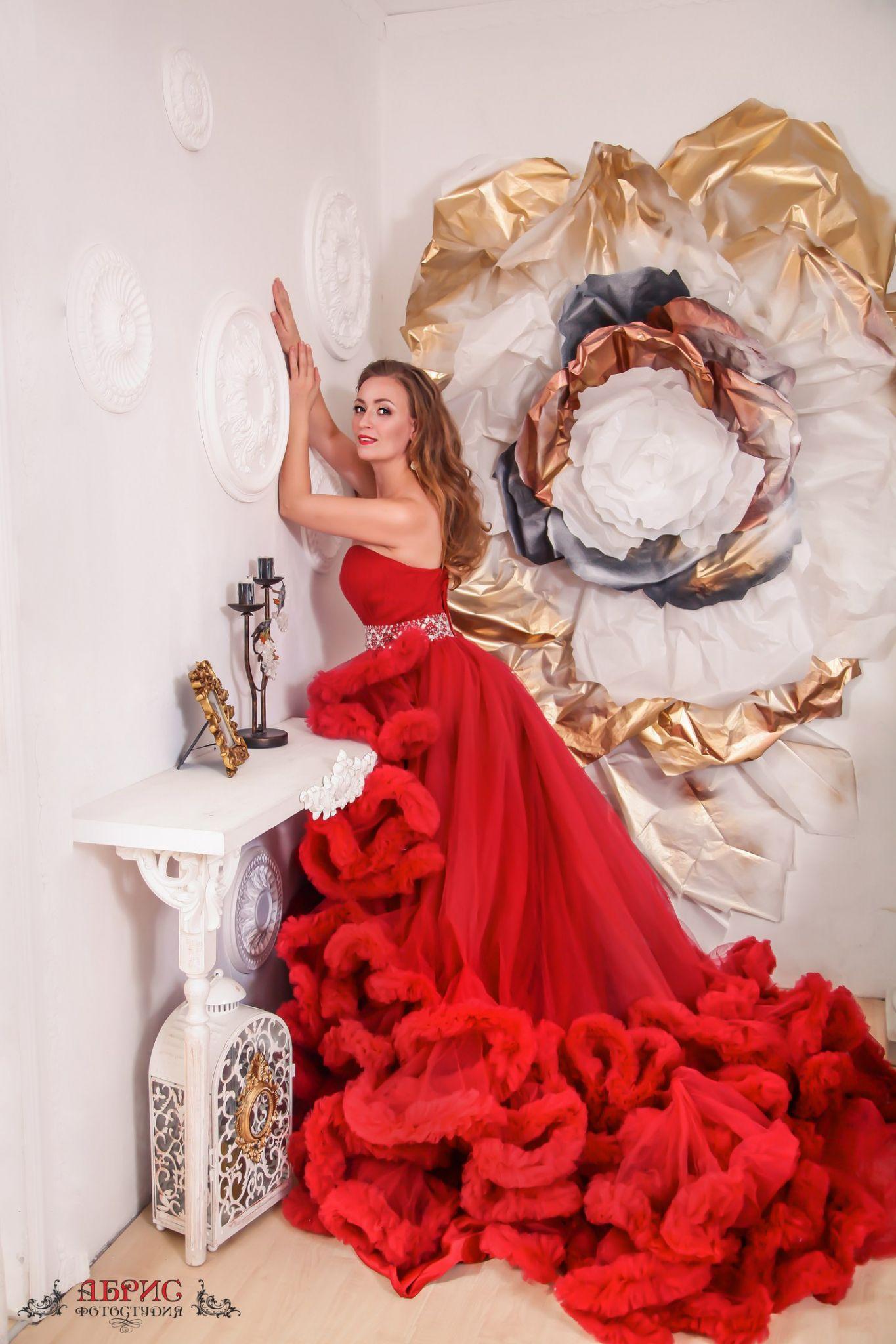 Аренда, прокат платья, аксессуаров, бижутерии, Фотостудия Абрис, Томск т 33-11-27