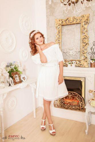 Фтостудия АБРИС г Томск тел 33-11-27  Платья и костюмы в аренду на время съемок!
